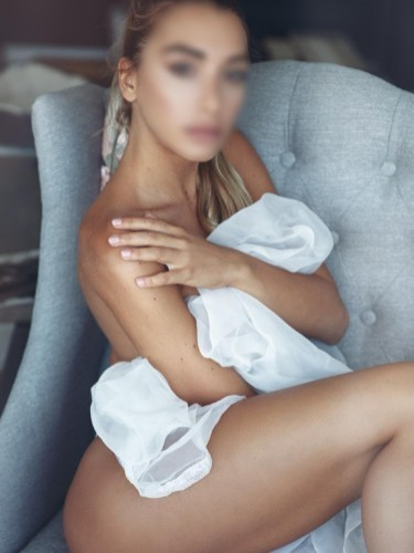 Sex ad by escort Sonia (28) in Ibiza - Foto: 3
