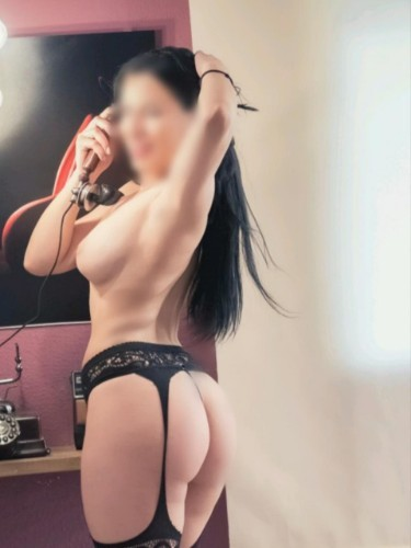 Sex ad by kinky escort Chloe Martinez (24) in Madrid - Foto: 4