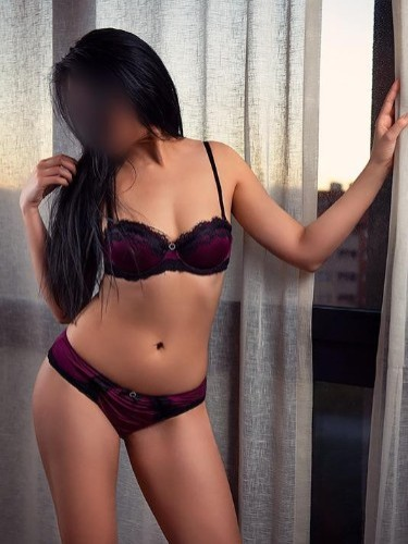 Sex ad by escort Lucia (25) in Sevilla - Foto: 4