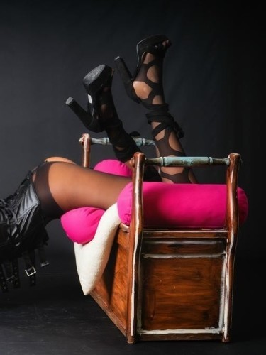Sex ad by escort Professional Masseuse (32) in Madrid - Foto: 6