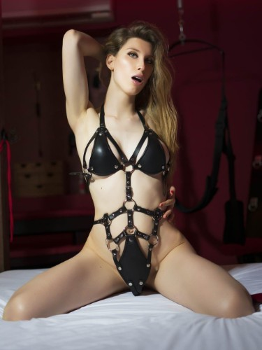Sex ad by kinky escort Noadomina (21) in Madrid - Foto: 7