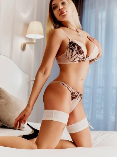 Sex ad by escort Emily (38) in Marbella - Foto: 4